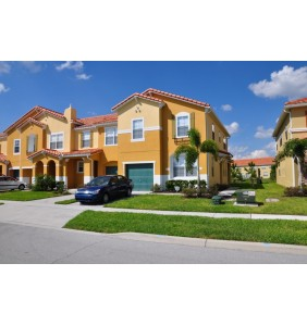 4 Bed, 3 Bath Compass Bay Townhome
